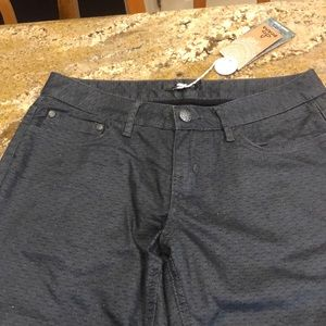 Insulated 5 pocket relaxed Prana lined with black